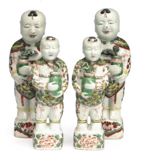 TWO PAIRS OF CHINESE EXPORT FA