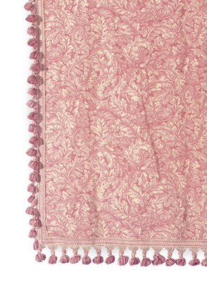 FOUR PINK AND CREAM FLORAL LIN