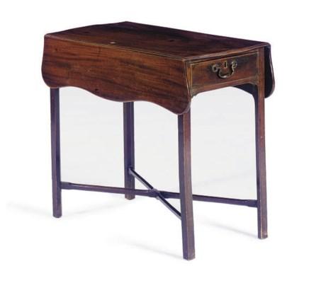 A MAHOGANY PEMBROKE TABLE,