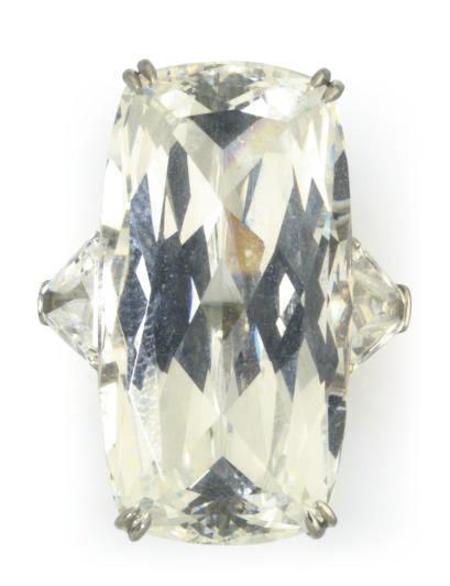 A SIMULATED DIAMOND RING