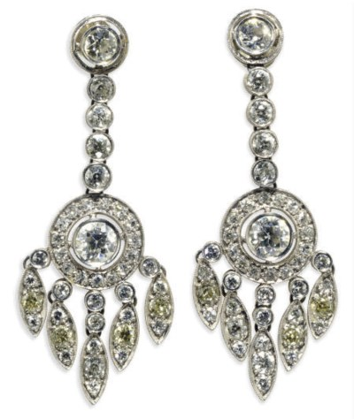 A PAIR OF DIAMOND AND PLATINUM