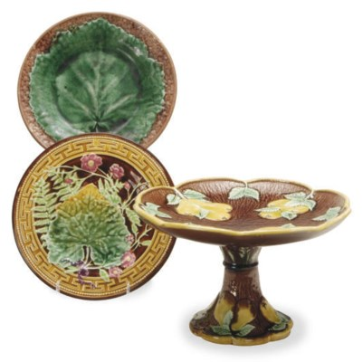 A GROUP OF MAJOLICA WARES,