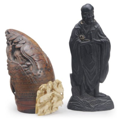 A JAPANESE ROOT CARVING OF TOB