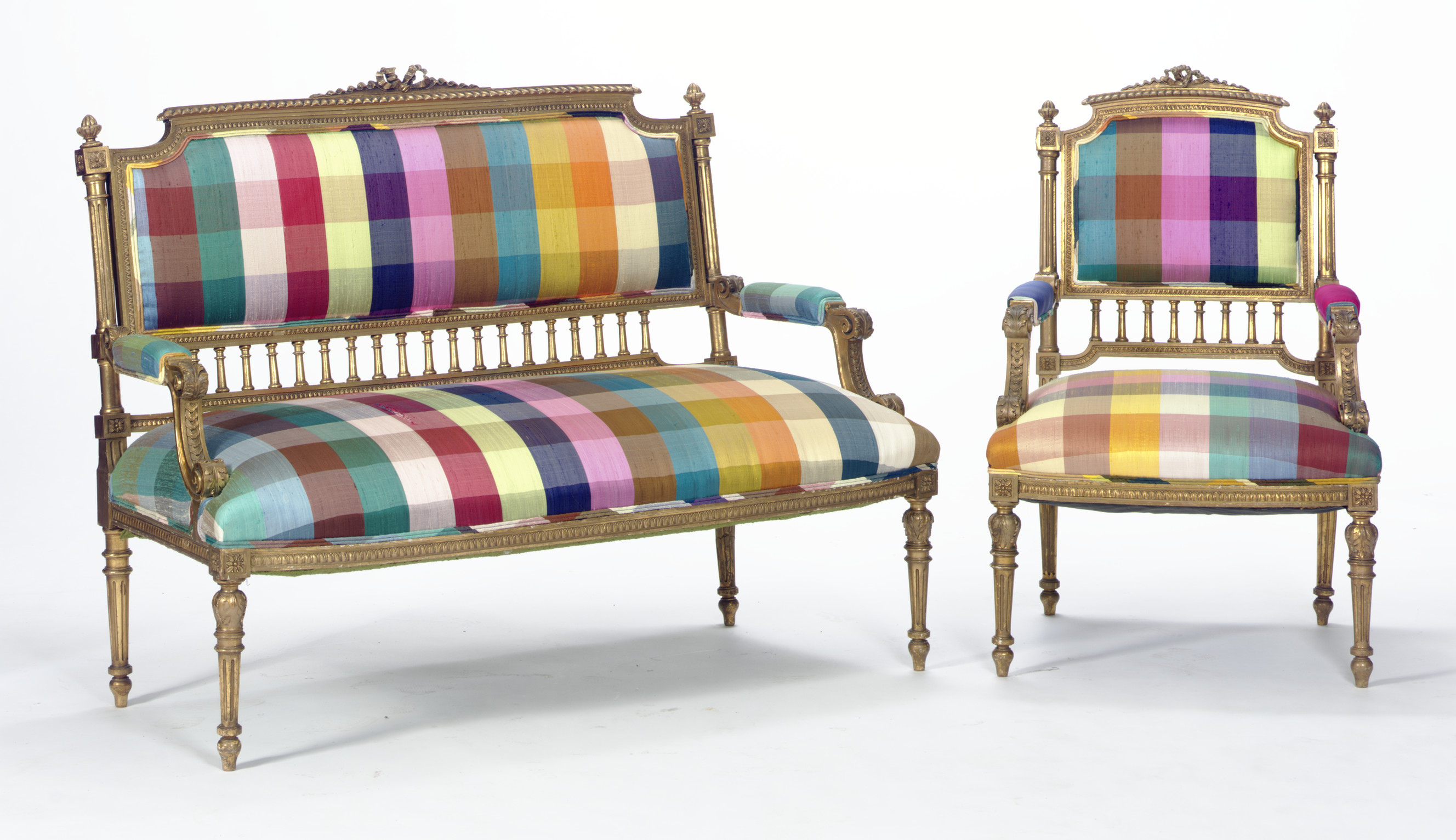 A GILTWOOD AND UPHOLSTERED SAL