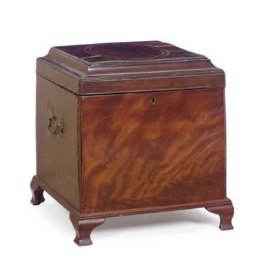 AN AMERICAN MAHOGANY AND LINE-