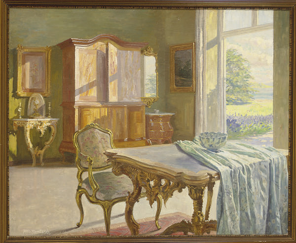 A sitting room in spring