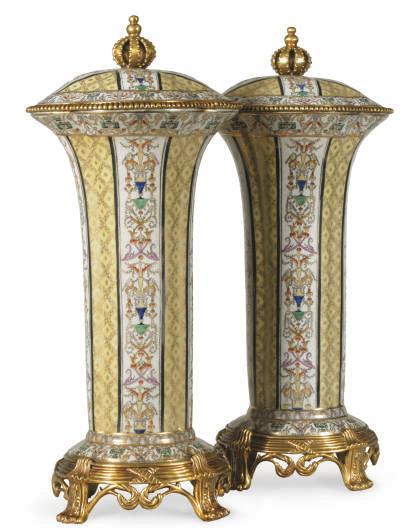 A PAIR OF GILT METAL-MOUNTED C