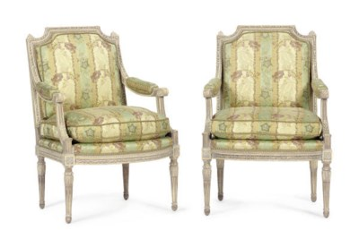 A PAIR OF WHITE PAINTED FAUTEU