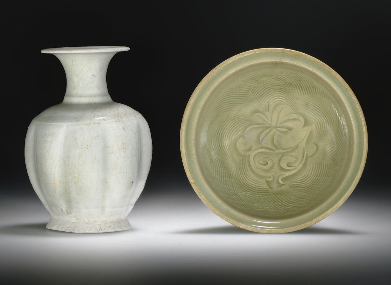 A SMALL YAOZHOU CELADON CARVED