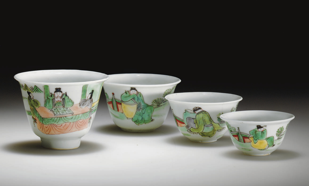 A SET OF FOUR FAMILLE VERTE NESTED WINE CUPS