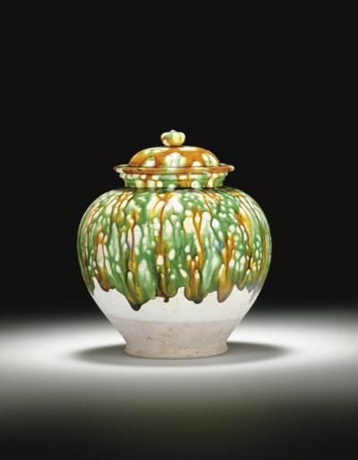 A SANCAI-GLAZED POTTERY JAR AN