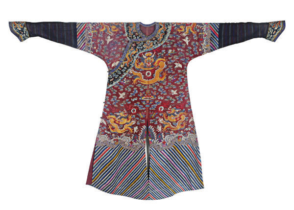 A CHINESE SILK EMBROIDERED DAR