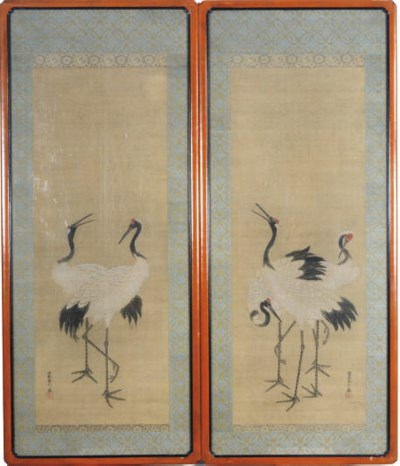 A PAIR OF JAPANESE HANGING SCR