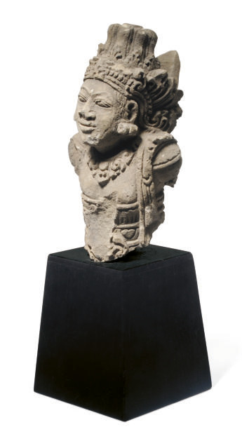 A KHMER TERRACOTTA FIGURE OF A