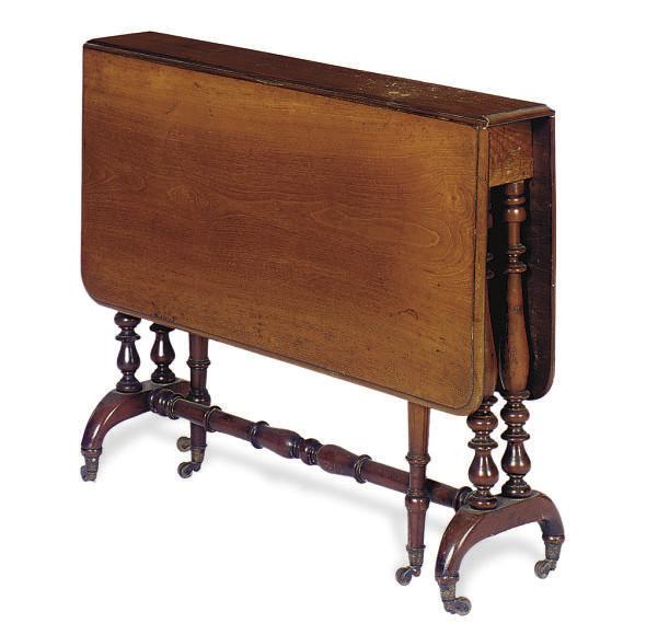 A MAHOGANY DROP-LEAF SIDE TABL