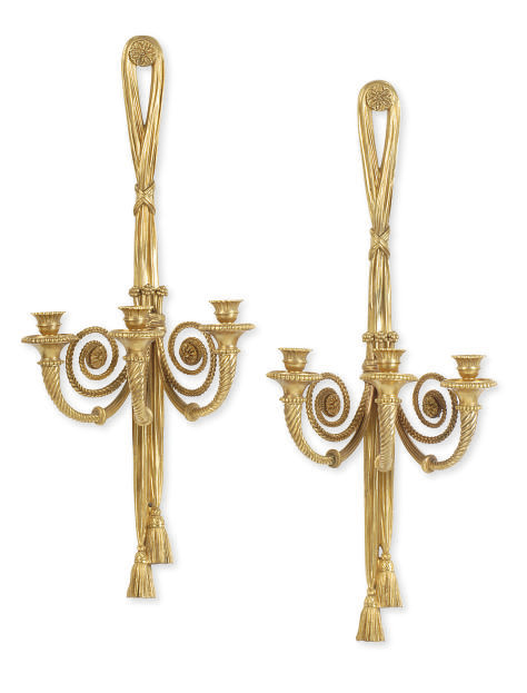 A PAIR OF GILT-BRONZE THREE-BR