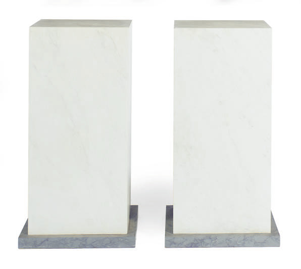 A PAIR OF FAUX MARBLE GREY AND