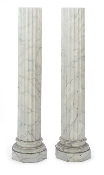 A PAIR OF PAINTED FAUX MARBLE