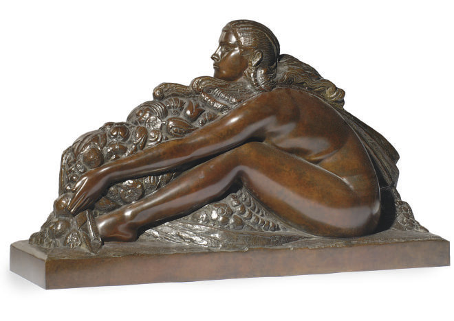A BRONZE FIGURE OF A WOMAN,