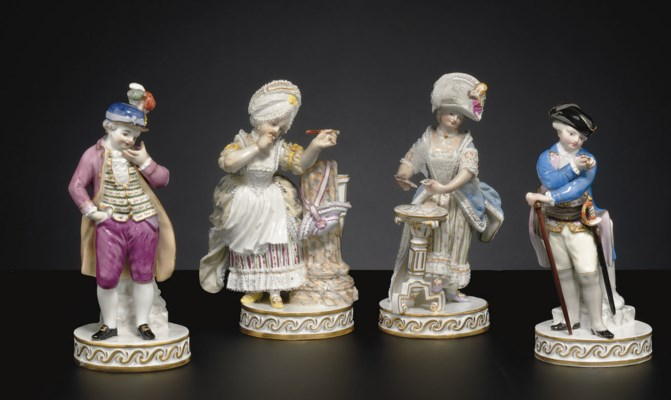 A MATCHED PAIR OF MEISSEN FIGU