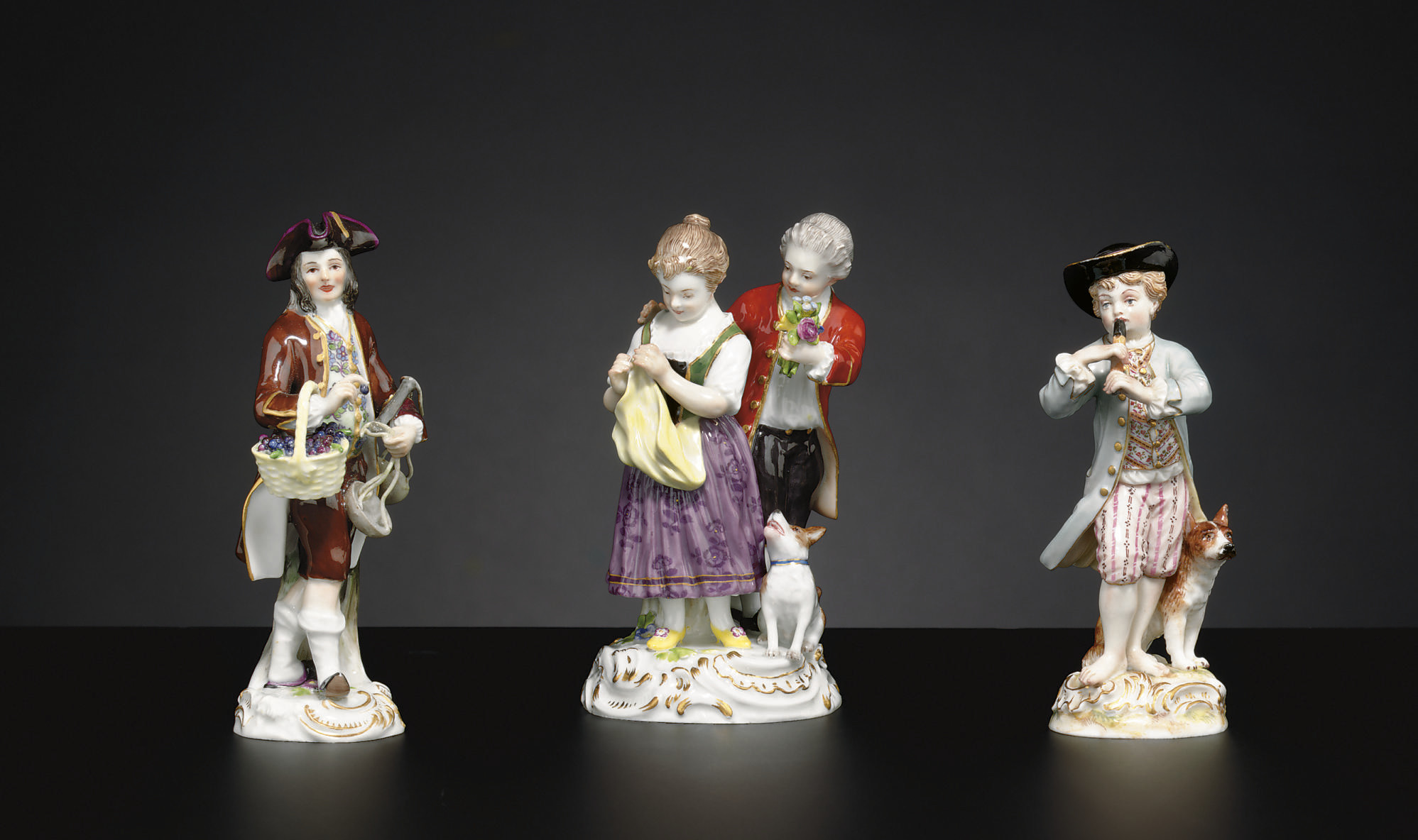 A MEISSEN FIGURE GROUP AND TWO