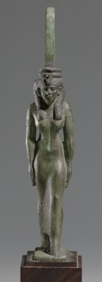 AN EGYPTIAN BRONZE MAAT