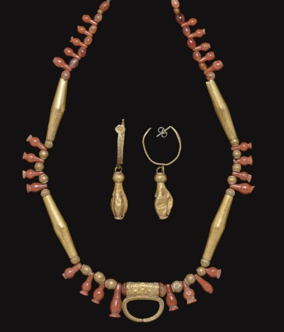 A COLLECTION OF CANAANITE GOLD