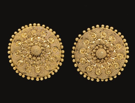 A PAIR OF ETRUSCAN GOLD DISKS