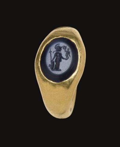 A ROMAN GOLD AND NICOLO FINGER