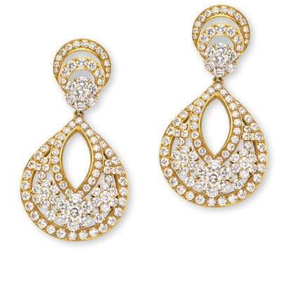 A PAIR OF DIAMOND AND GOLD