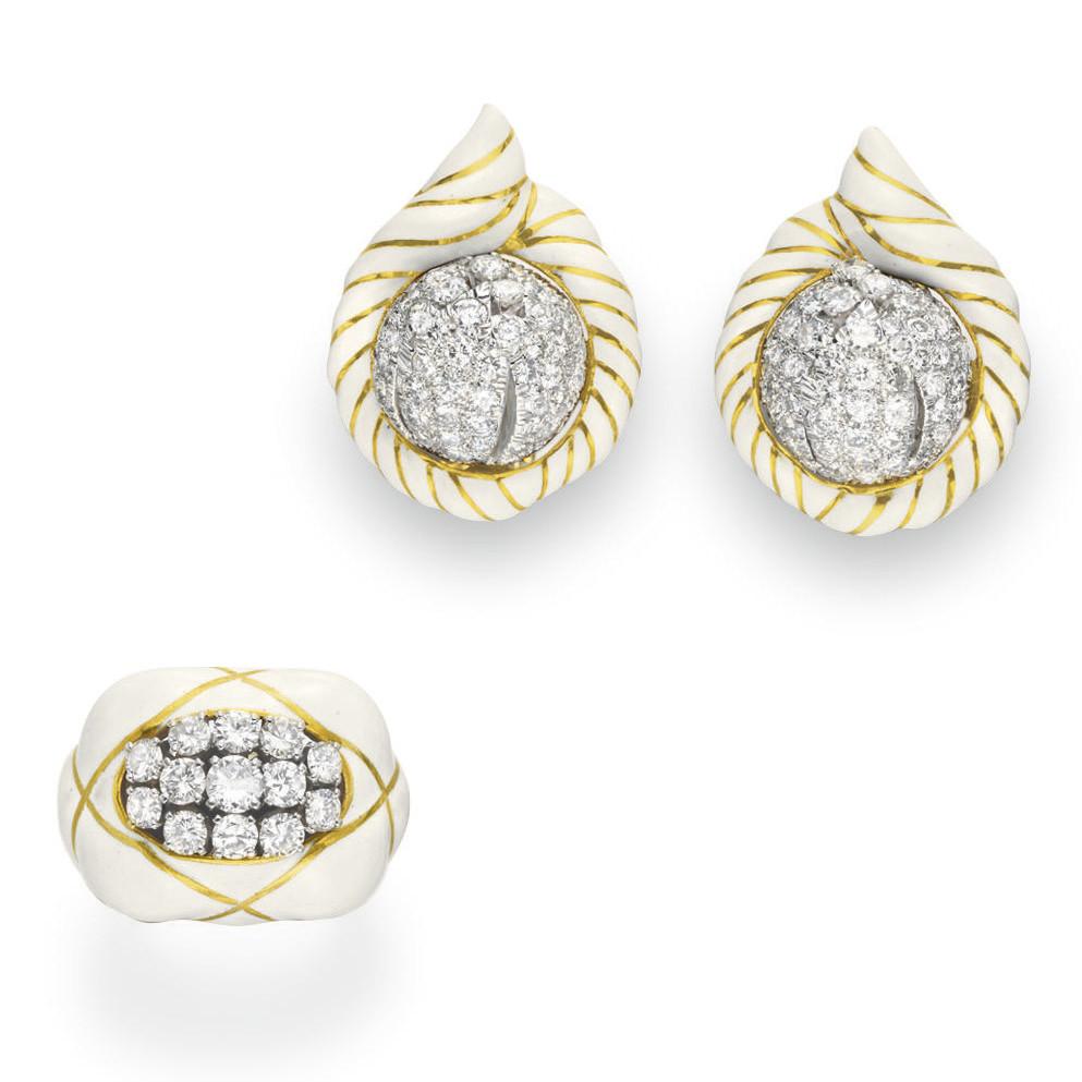 A SET OF ENAMEL AND DIAMOND JE