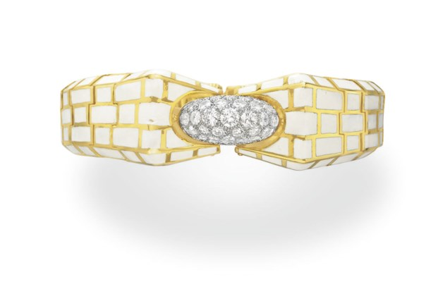 AN ENAMEL, DIAMOND AND GOLD BR