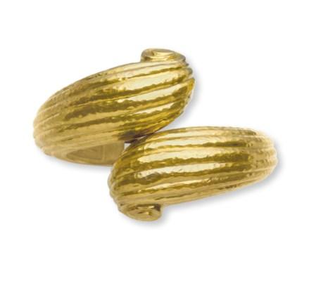 A GOLD BRACELET, BY DAVID WEBB