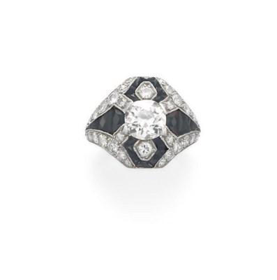 AN ART DECO DIAMOND AND ONYX R