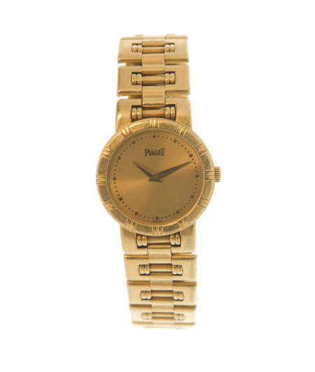 A GOLD WRISTWATCH, BY PIAGET