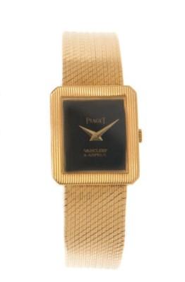 AN 18K GOLD WATCH, BY PIAGET,
