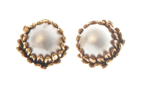 A PAIR OF CULTURED MABÉ PEARL