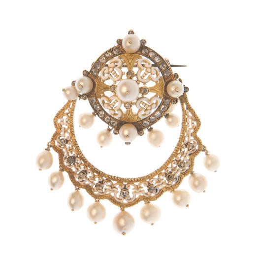 AN ANTIQUE DIAMOND, PEARL AND