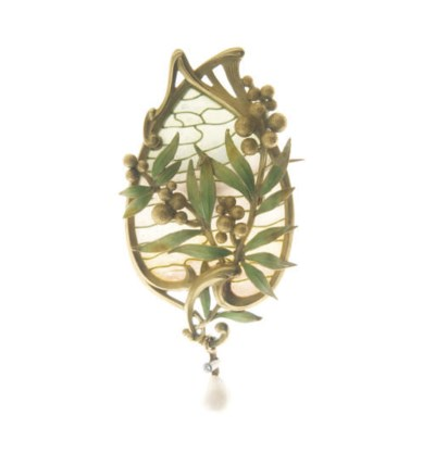 AN ART NOUVEAU ENAMEL AND PEAR