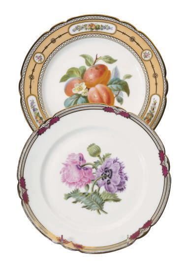 TWO SETS OF PARIS PORCELAIN DE