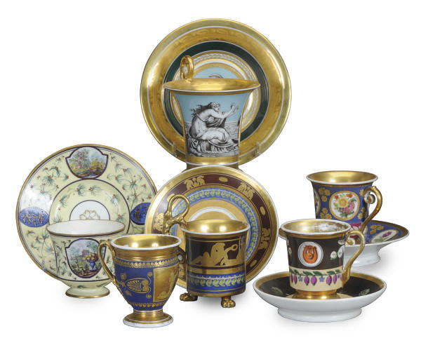 A GROUP OF FIVE FRENCH PORCELA