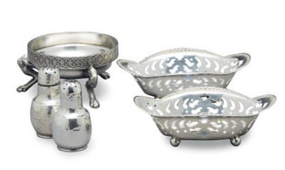 AN AMERICAN SILVER BOWL WITH M