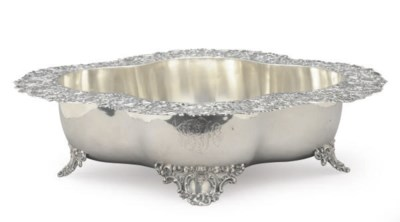 AN AMERICAN SILVER CENTERBOWL,