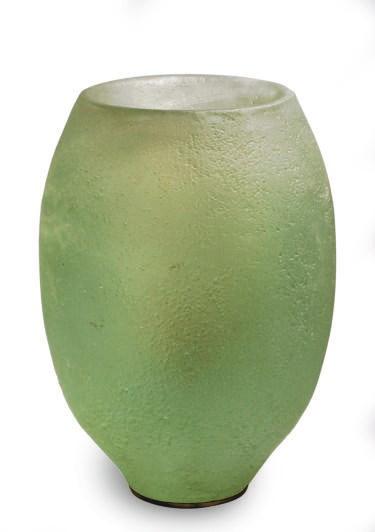 AN AMERICAN CAST GLASS SCULPTU