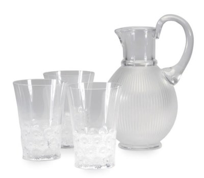A SET OF TWELVE FRENCH CLEAR G