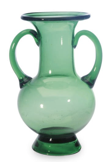 A GREEN GLASS TWO HANDLED VASE