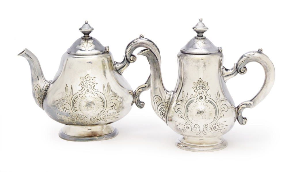 A coffee pot and a tea pot in