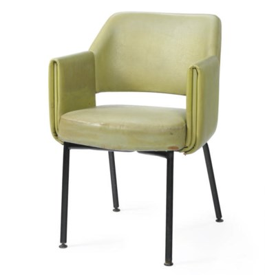 A dining chair for the Versail