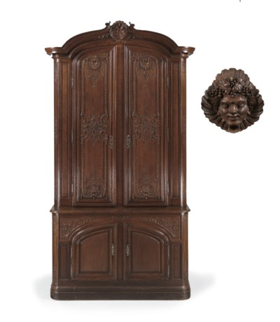 A FRENCH CARVED OAK BUFFET A D