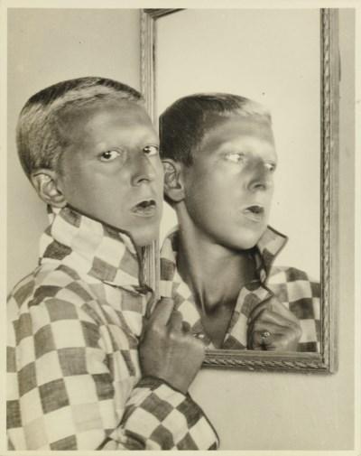 CLAUDE CAHUN (1894-1954)